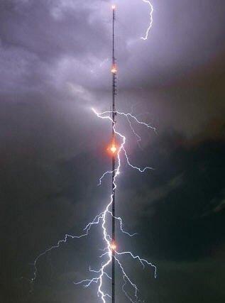 Молниеотводы. Принципы защиты объектов прямых ударов молнии